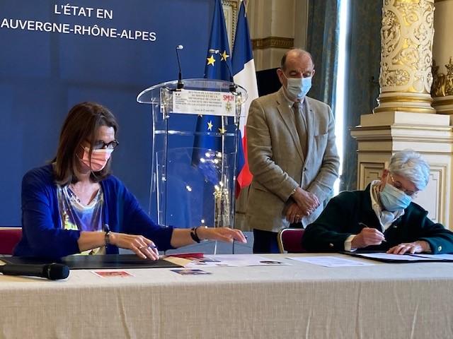Signature de la convention de partenariat entre la Section du Rhône et de la Métropole de Lyon de la Société des Membres de la Légion d'Honneur et TIM&COLETTE